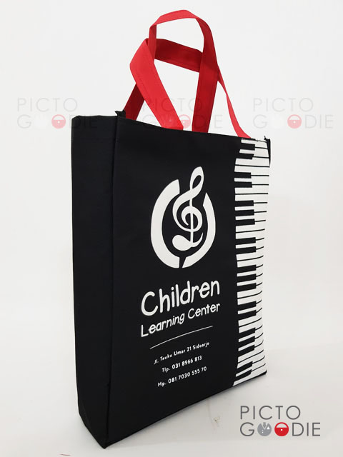 Tas Goodie Bag Les Sidoarjo - Children Learning Centre